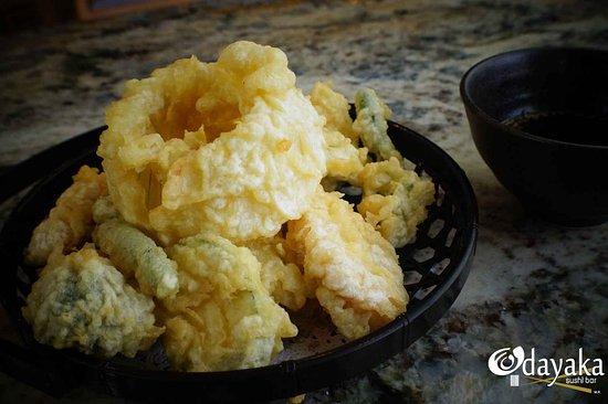"""Odayaka Sushi Bar: """"Verduras Tempura"""" Calabaza pimiento rojo y verde, zanahoria, brócoli, coliflor, camote y berenj"""