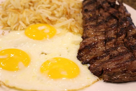Roselle, IL: Steak and Eggs