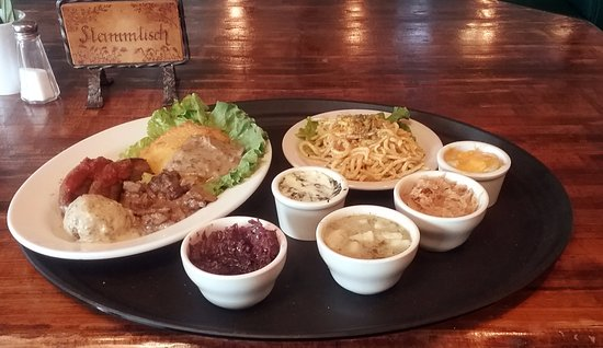 Maryville, TN: Ramble trough the kitchen. This sampler feeds 2 or 3 adults.