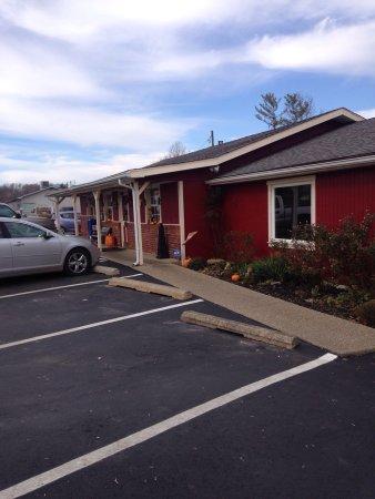 Van's Restaurant: photo1.jpg