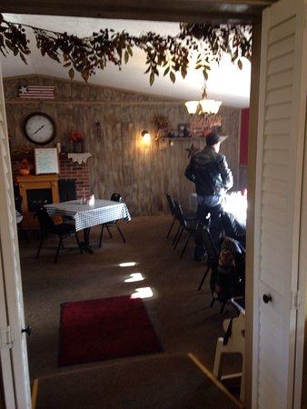 Van's Restaurant: photo4.jpg