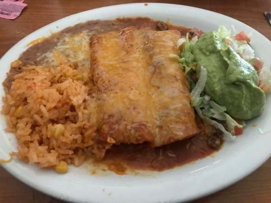 Cottonwood, AZ: Cheese & Beef Enchiladas with Guac