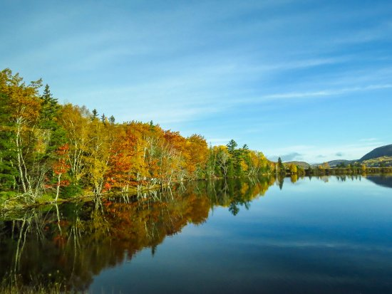 Bras d'Or  Lake: lovely in the fall