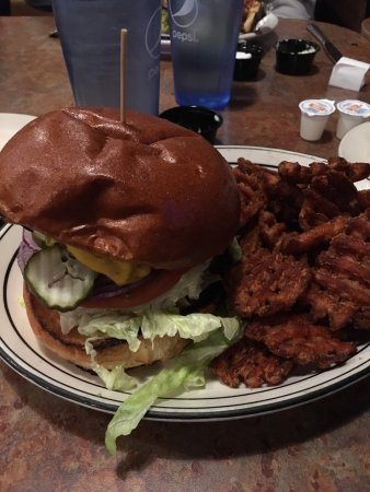 Yreka, CA: Yum burger with sweet potato fries