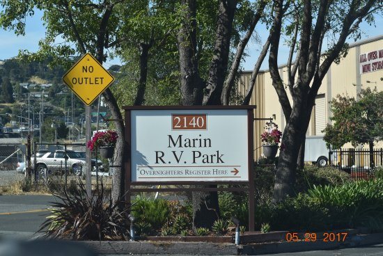 Marin RV Park: Entrance to the park