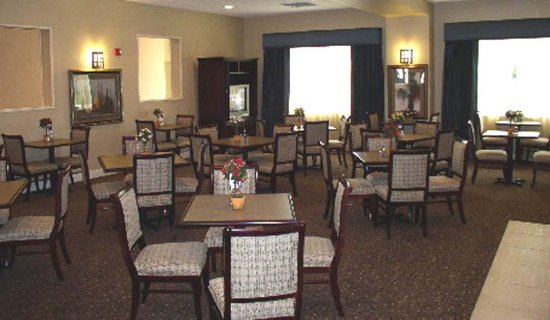 Holiday Inn Express Hotel Suites Clearwater Us 19n Breakfast Dining