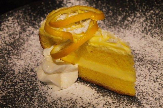 Rowlett, Техас: Lemoncello Mascarpone cake