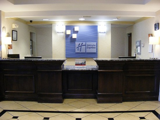 Muskogee, OK: Our 24 hour Front Desk staff is here for you.