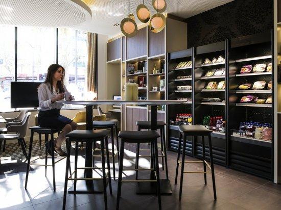 Novotel suites paris expo porte de versailles paris - Pizzeria porte de versailles ...