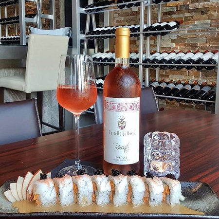 Park Ridge, IL: Italy meets Asia this season at Blufish with our Shrimp Pesto maki and Castello di Bossi rosato