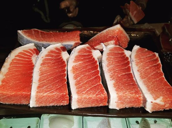 Park Ridge, IL: Hey Blufish fam, did you know its toro season? Check out our deals on Blue Fin tuna from lean to