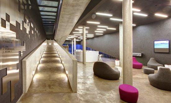 Celadna, Tsjekkia: Lobby Stairs