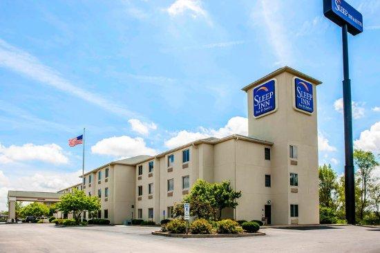Sleep Inn & Suites Lakeside: Exterior