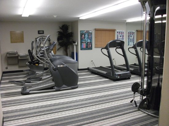 Richfield, MN: 24-hour fitness facility
