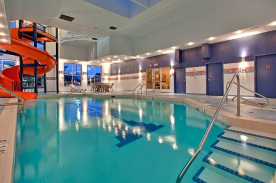Holiday inn express hotel suites calgary south updated 2017 prices reviews canada for Holiday inn with swimming pool