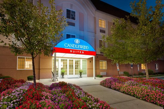 Pet friendly hotel in nanuet ny foto de candlewood for New york pet friendly hotels