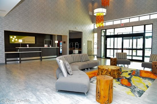 Humble, TX: Lobby Lounge