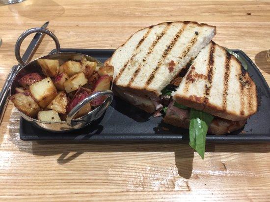 Granger, IN: Grilled Ham & Gjetost