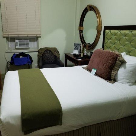 Murray Hotel Photo