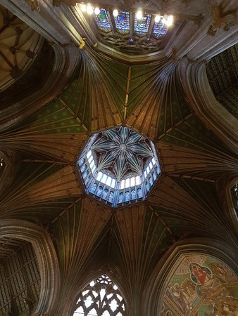 Ely, UK: Under the Octagen Tower