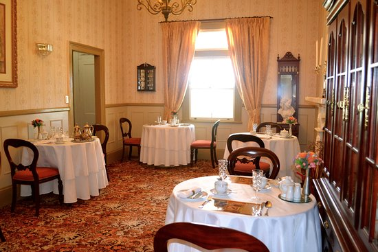 Sunshine Coast, Australia: Dining room where a scrumptious cooked breakfast was served!
