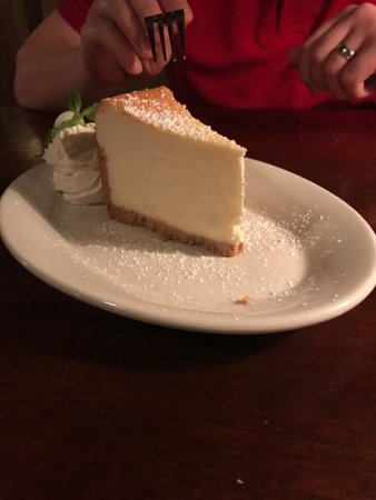 Snellville, GA: Delicious cheesecake . Please try it!
