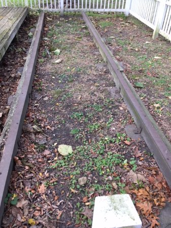 New Castle, DE: Section of tracks remain to commemorate the former railroad.