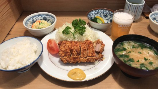 Tonkatsu Tonki Higashikoenji: お昼のヒレカツ定食にビール