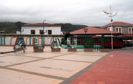 Alausi, Ekuador: Plazoleta