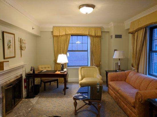Taj Boston: uninspired and dated and damaged design