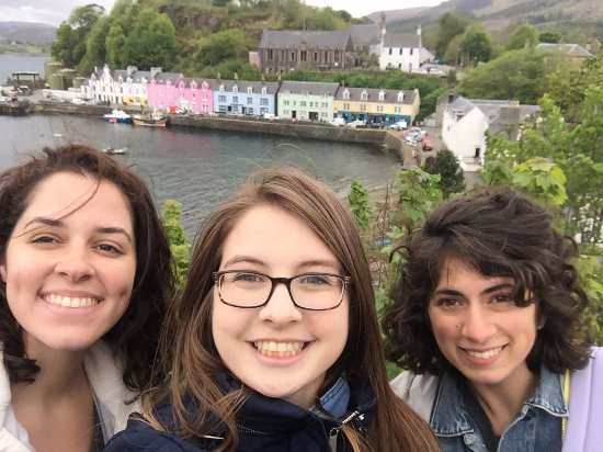 Breakish, UK: Our stop in Portree during our tour