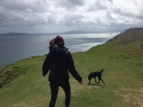 Breakish, UK: Exploring cliffs with the jeep dog, Brymer!
