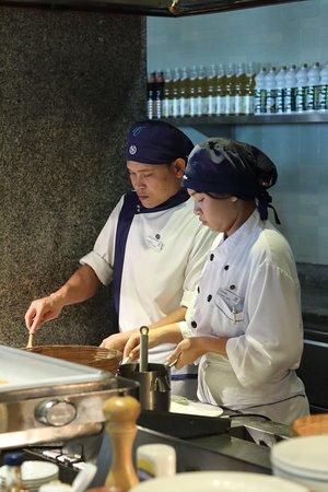 Sheraton Hua Hin Resort & Spa: Custom food preparation
