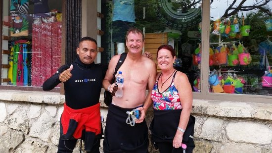 Akumal Dive Shop: It was just a great day of diving! Thank you Luis!