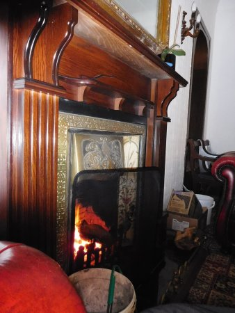 Kilcreggan, UK: Fireplace