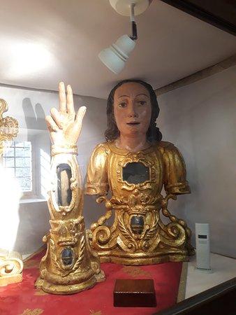 Entremont, France: Buste et bras reliquaires baroques