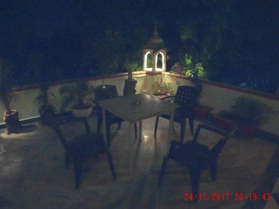 Hotel Vimal Heritage: Terraza de la suit