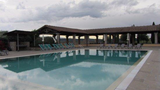 Fattoria Santo Stefano: Very nice pool area.