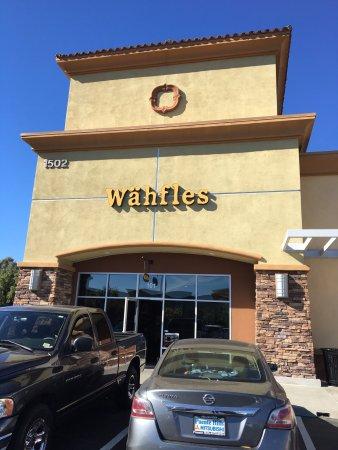 La Verne, CA: Front of restaurant