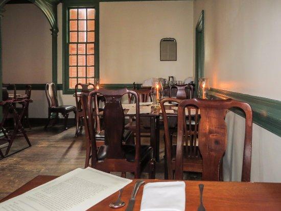 Kingu0027s Arms Tavern Dining Colonial Williamsburg: Inside