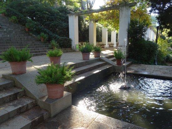 Vue sur barcelone picture of parc de montjuic barcelona tripadvisor - Jardines de montjuic ...