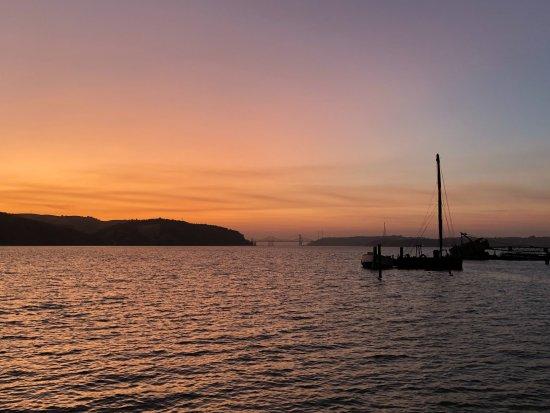 Benicia, แคลิฟอร์เนีย: Sunset