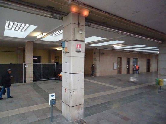 Stazione ferroviaria verona porta nuova aggiornato 2018 - Stazione verona porta nuova indirizzo ...