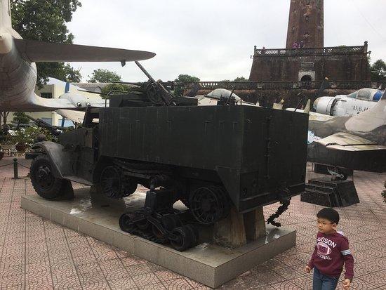 Vietnam Military History Museum: photo3.jpg