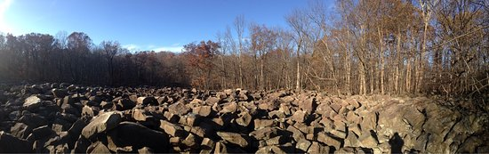 Upper Black Eddy, Pensylwania: The Ringing Rocks Boulder Field