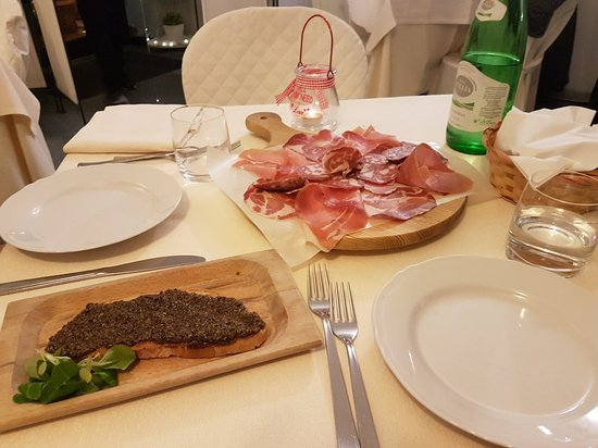 Trattoria Peppe Scappa: 20171125_205134_large.jpg