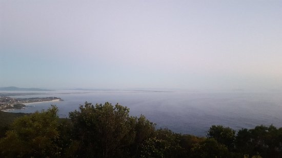 Cape Hawke Lookout: 20171126_051912_large.jpg