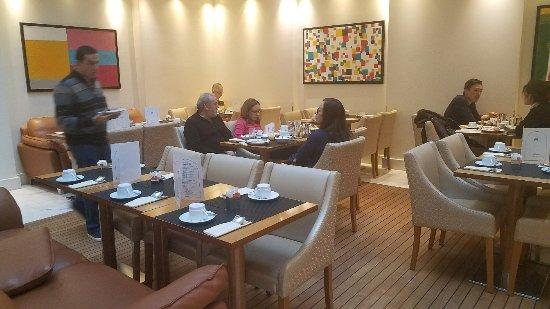Atlantic Hôtel: 20171125_062209_large.jpg