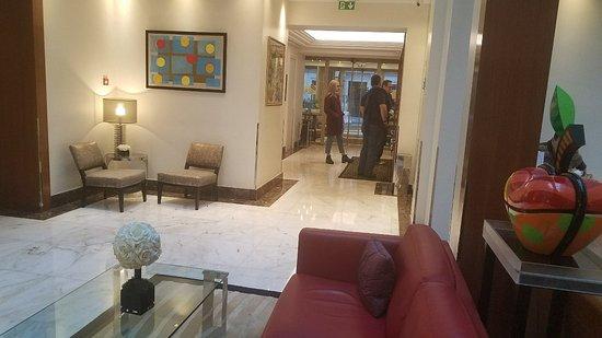 Atlantic Hôtel: 20171125_062203_large.jpg