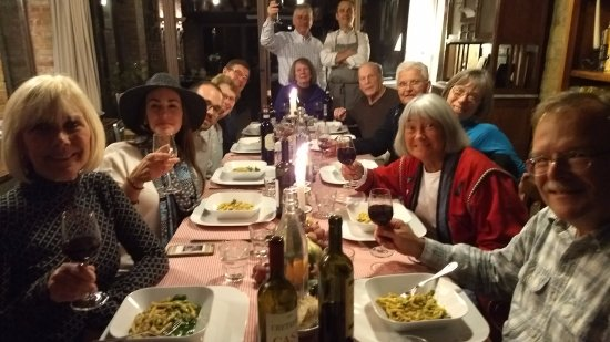 Agriturismo Cretaiole di Luciano Moricciani: Thursday night pici pasta class and dinner with all guests.